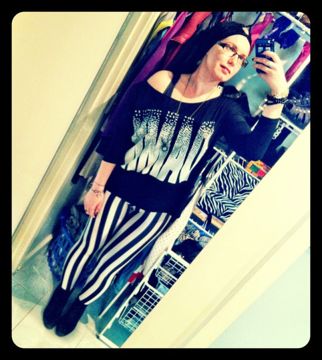 Beetlejuice Leggings & Damn Longsleeve from StaffByMaff